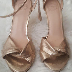 new gold size 9 heels